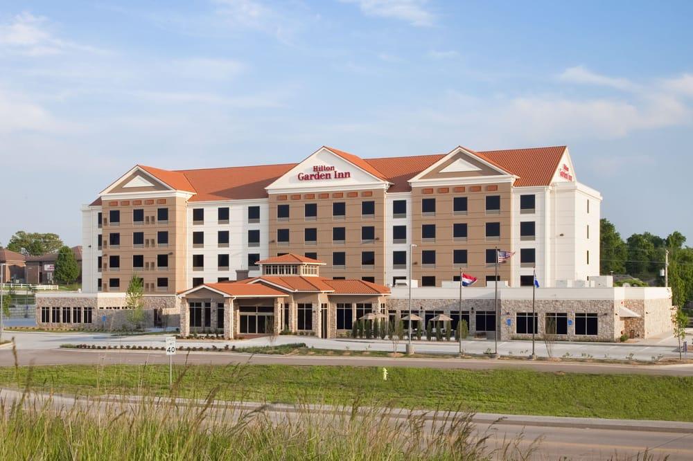 Hilton Garden Inn Springfield 16 Photos 25 Reviews Hotels 4155 S Nature Center Way