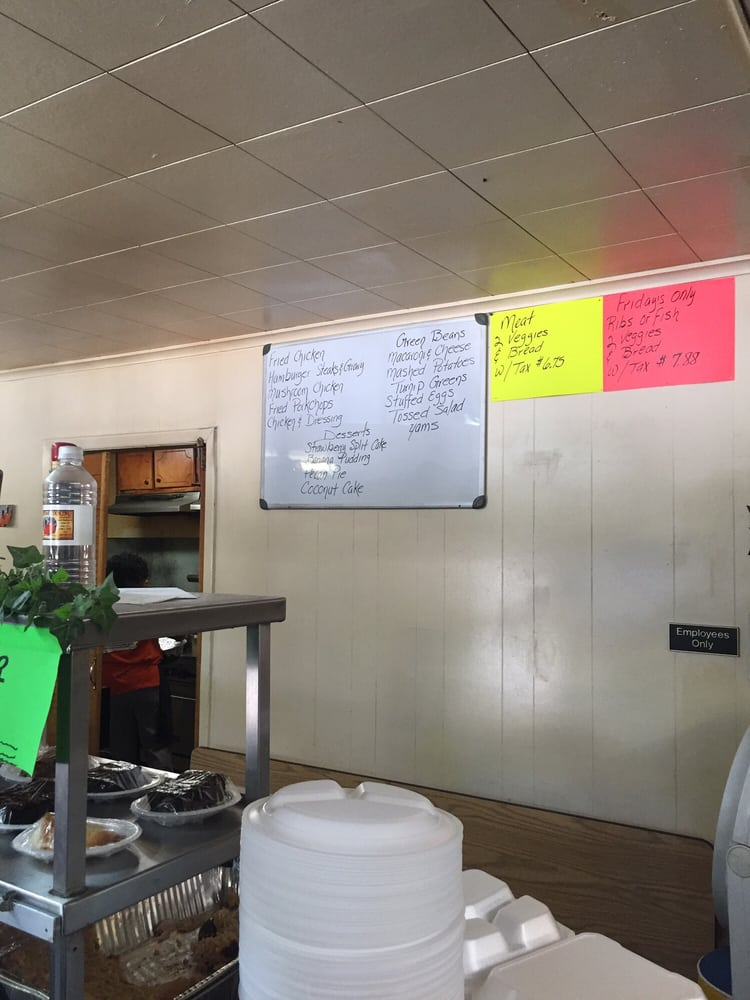 Down Home Cooking: 5184 Raymond Ave, Tupelo, MS