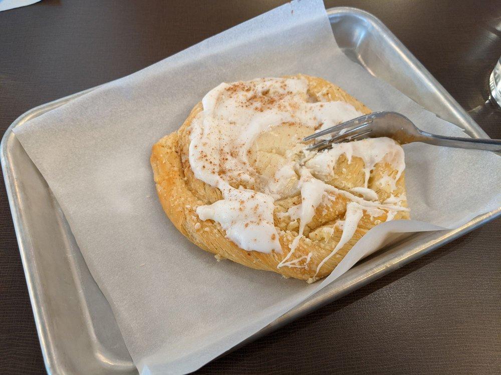 Pioneer Bakery and Cafe: 210 N Kirkwood Rd, Kirkwood, MO