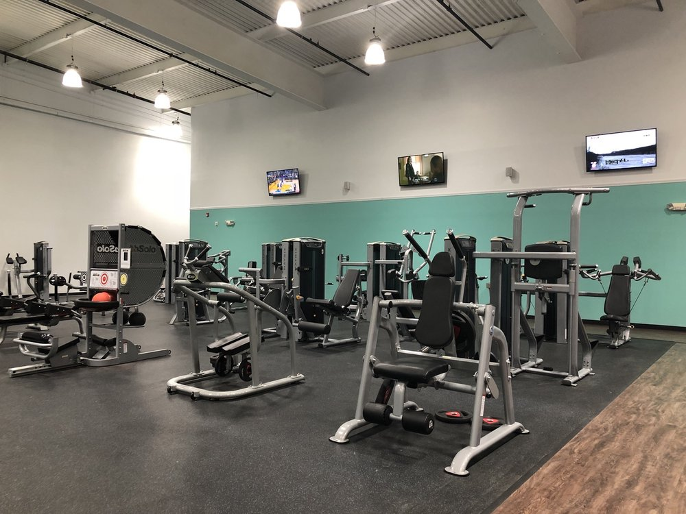 Club 24 Concept Gyms: 992 E Main St, Torrington, CT