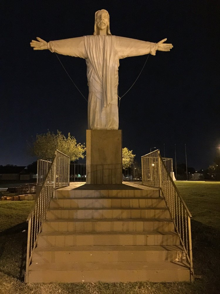 Hidalgo City Park: 310 E Esperanza Ave, Hidalgo, TX