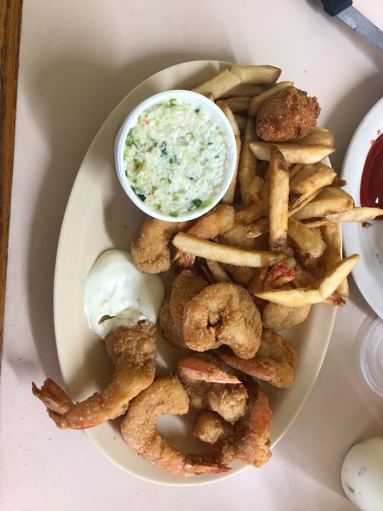 Rock Bottom Seafood: 1530 Hwy 93 S, Cairo, GA