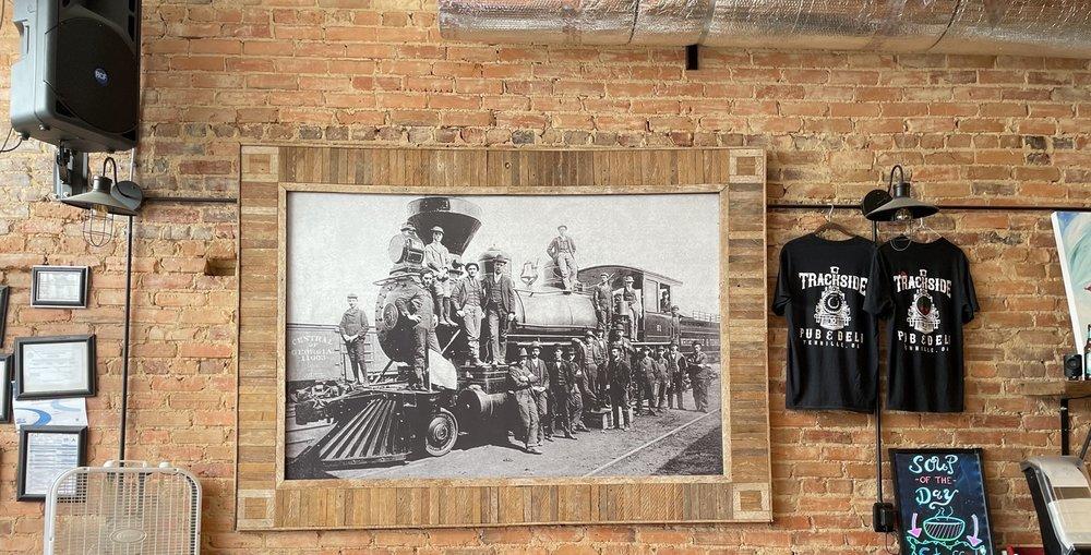 Trackside Pub  & Deli: 102 W N Central Ave, Tennille, GA