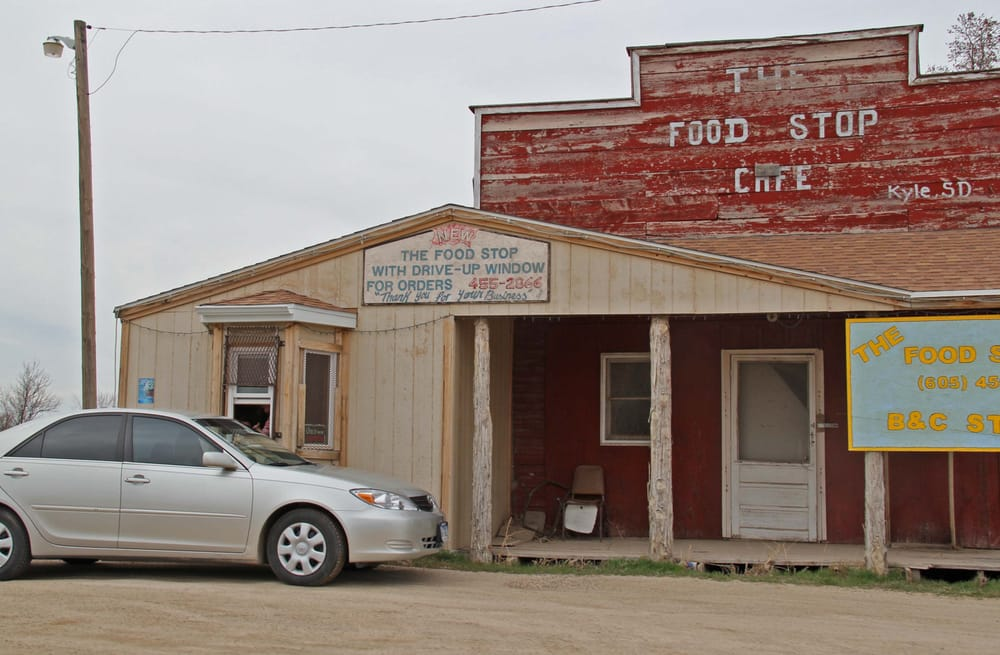 Food Stop Cafe: 7901 Lakota Prairie Dr, Kyle, SD