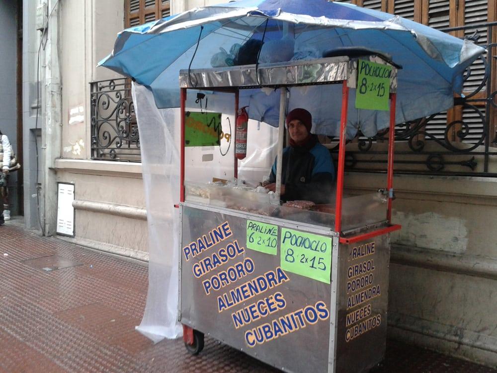 Puesto de Praliné: Avenida Velez Sarfield 360, Córdoba, X