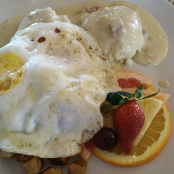 Photo Of Backyard Bistro   Pipe Creek, TX, United States. Biscuits And Gravy