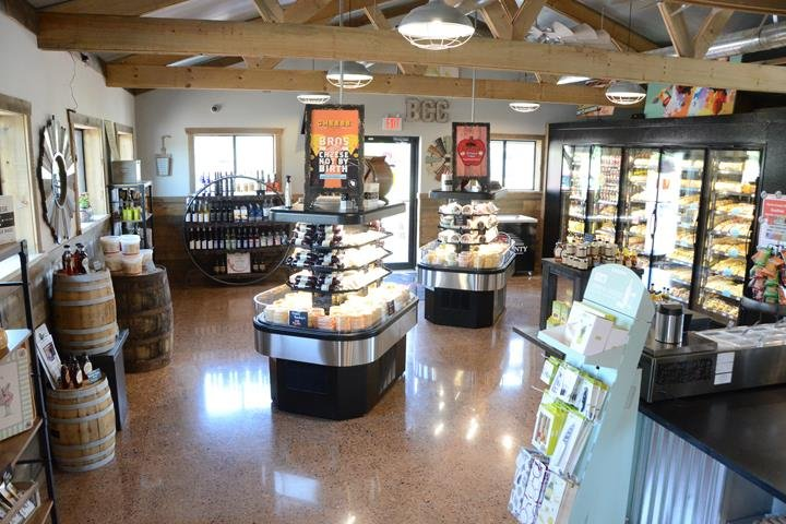 Barron County Cheese: 1623 A US Hwy 8, Barron, WI