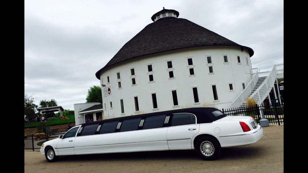 Black Label Limos of Nwi: 319 E 316th N, Valparaiso, IN