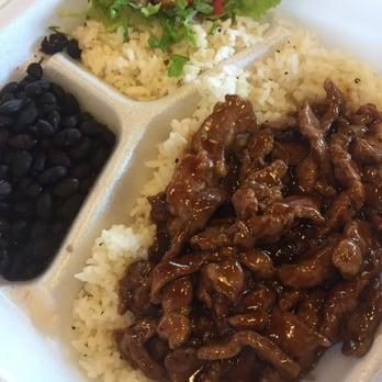 Wahoo s fish tacos 163 photos 177 reviews mexican for Fish bowl maui