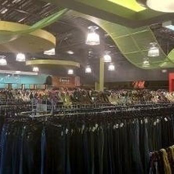 Photo Of Platou0027s Closet   Novi   Novi, MI, United States