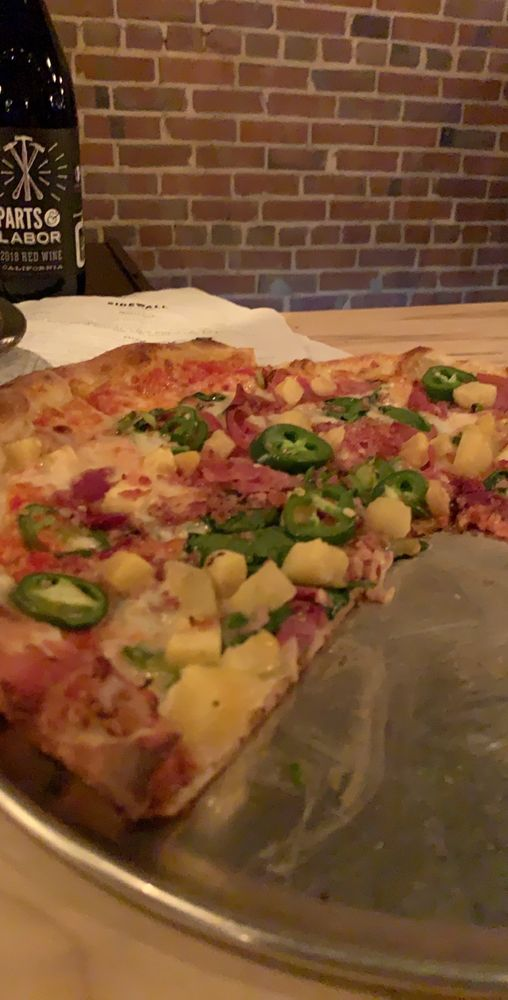 Sidewall Pizza: 117 SE Main St, Simpsonville, SC