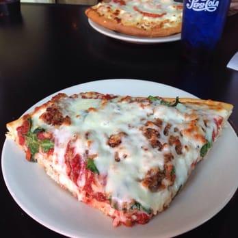 pizza bottom up