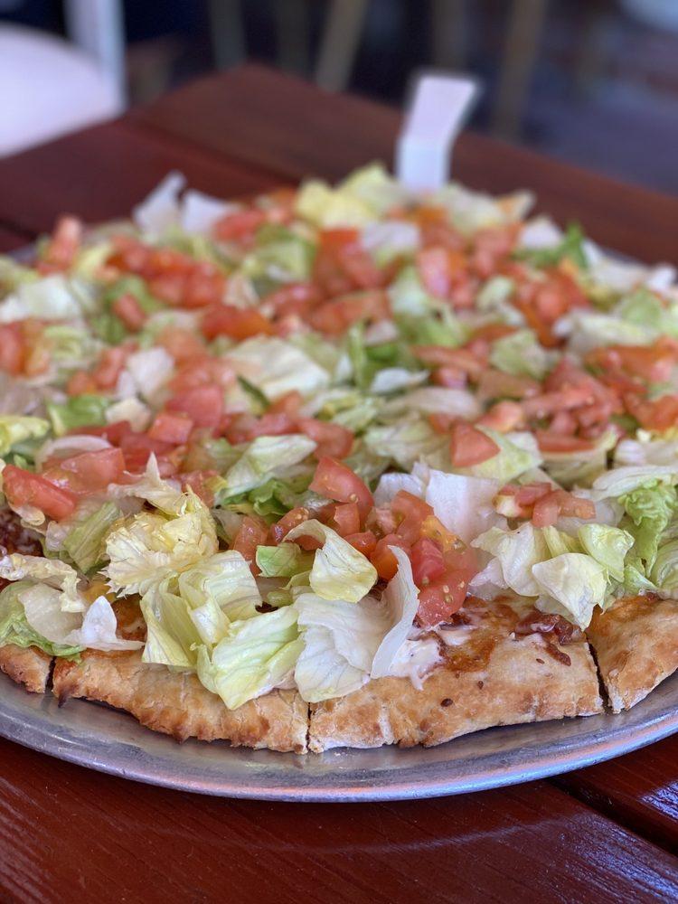 Caveman Cavey's Pizza: 3620 Mt Pinos Way, Frazier Park, CA
