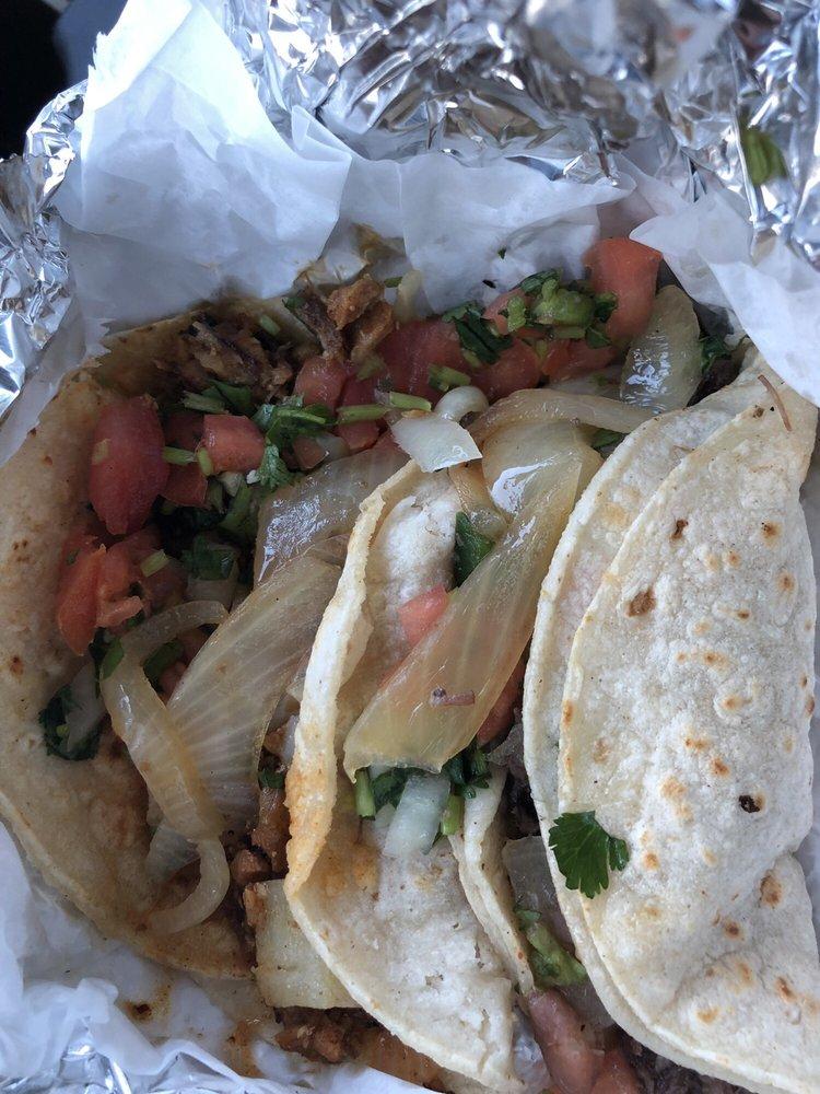 Arcelia Mexican Taqueria: 511 10th St, Hempstead, TX
