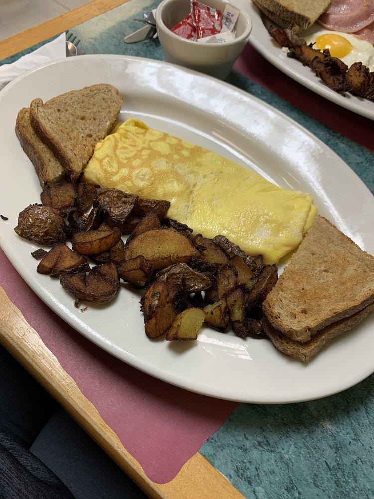 Gemma's Country Kitchen: 334 Main St, Ogdensburg, NJ