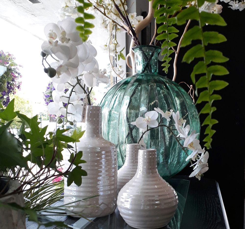 Crescent Floral & Gifts: 2140 Wealthy St SE, Grand Rapids, MI