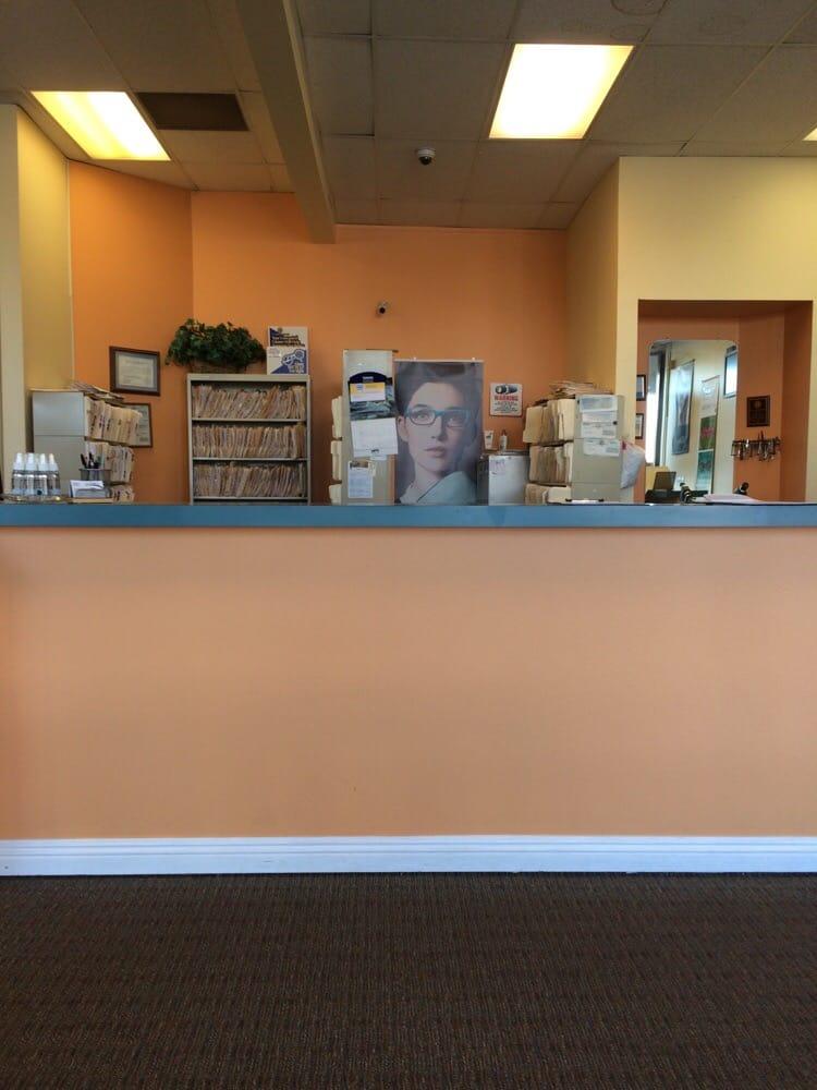 B&B Optometry: 2791 Green River Rd, Corona, CA