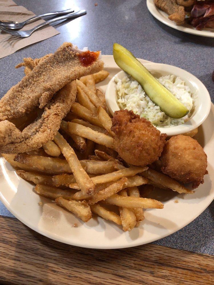 Ed's Catfish: 5323 E Nettleton Ave, Jonesboro, AR
