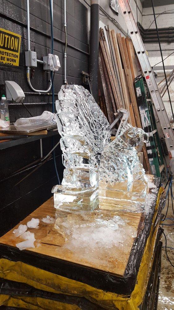 Nadeau's Ice Sculptures: 7623 W Roosevelt Rd, Forest Park, IL