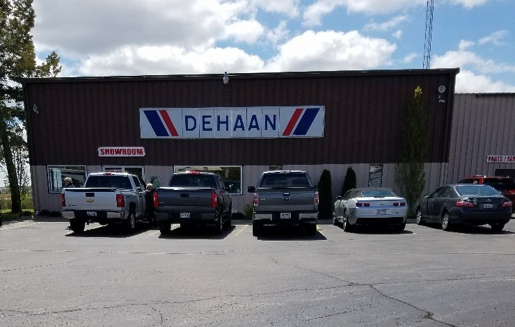 Kunes Country RV & Truck Center: 9 Deere Rd, Elkhorn, WI