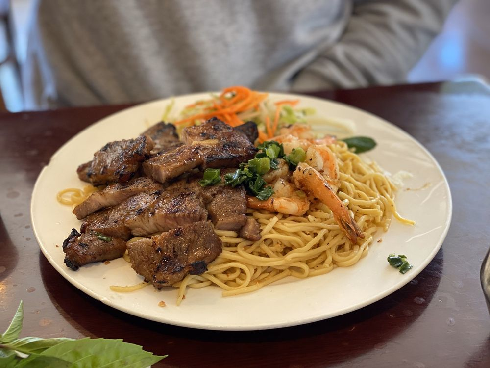 Ben Tre Vietnamese Homestyle Cuisine: 398 Grand Ave, South San Francisco, CA
