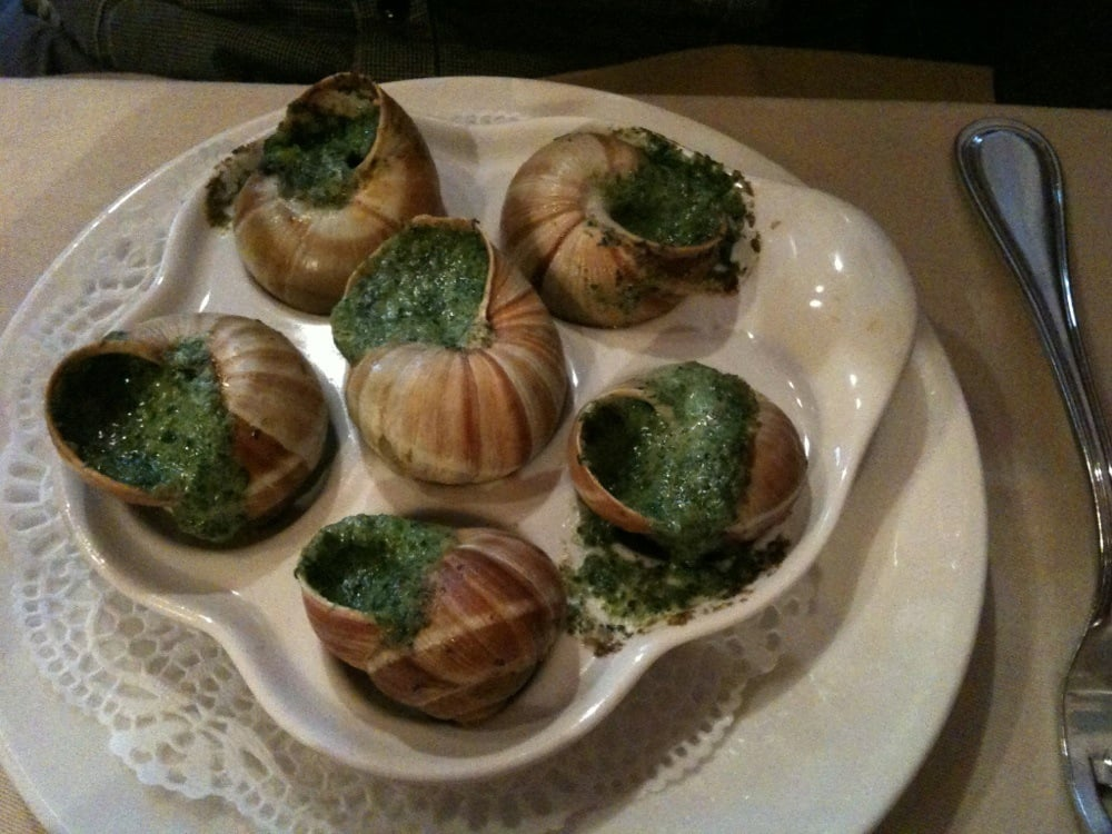 Escargots yelp for Roger la grenouille paris