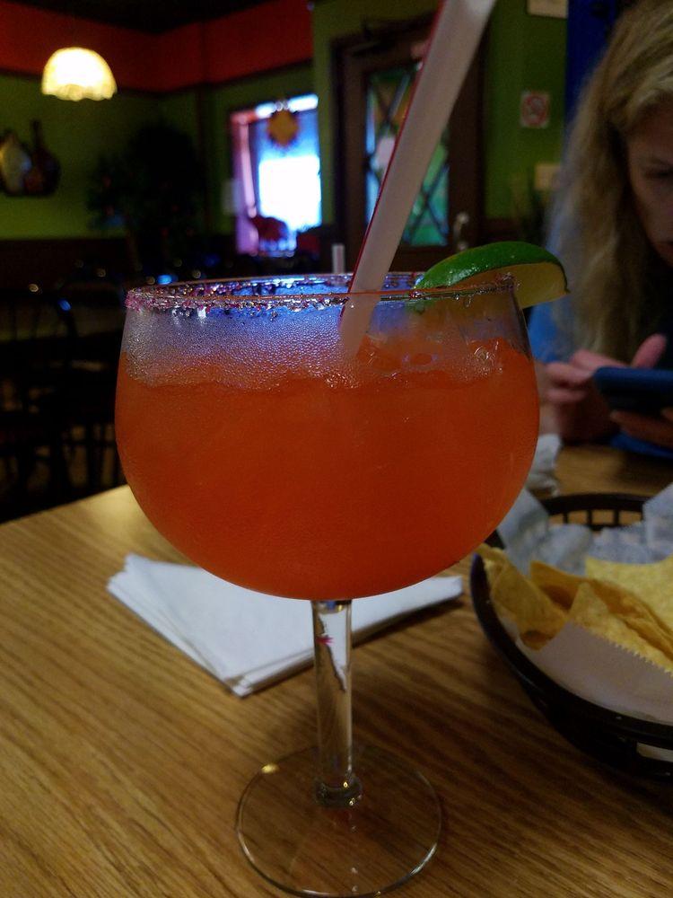El sol de México Mexican Bar & Grill: 607 Summers Ave, Humboldt, IA