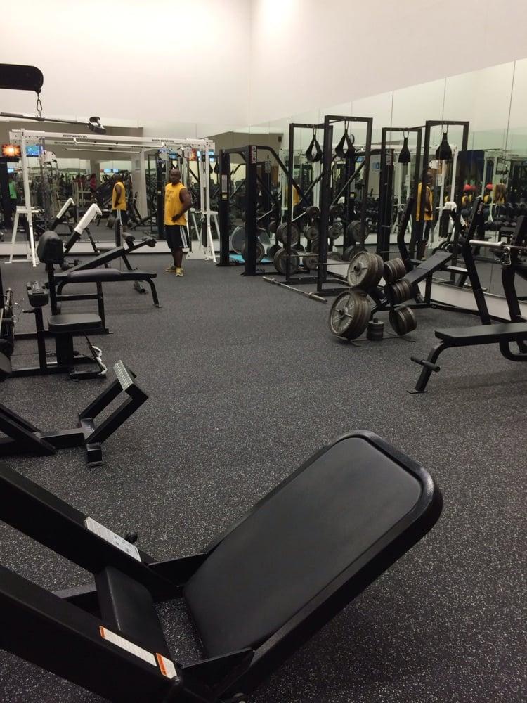 American Athletic Club: 2927 Allen Pkwy, Houston, TX