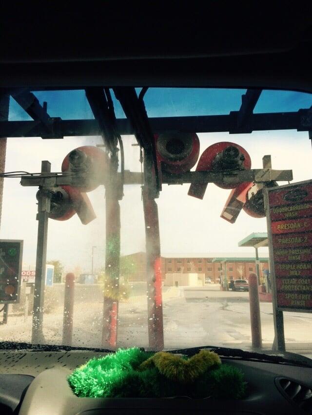 Scuds & Suds Car Wash
