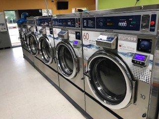 Palmetto Wash and Fold: 1527 8th Ave W, Palmetto, FL
