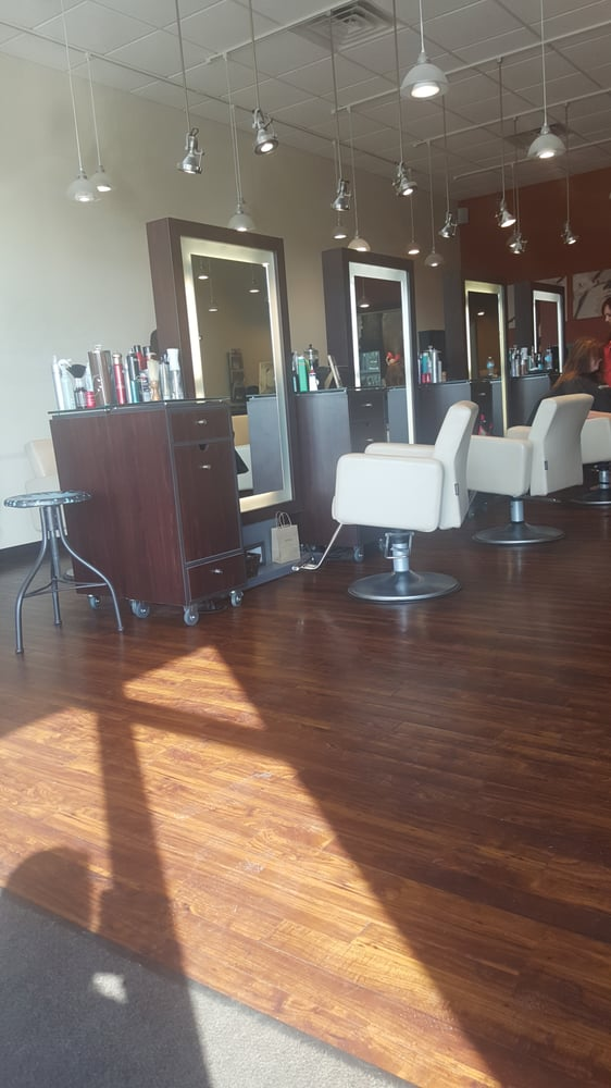 Luxe Salon And Spa: 1842 Washington Ave, Vincennes, IN