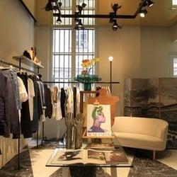 Acne Studios - Vêtements pour femmes - 124 Galerie Valois, Palais  Royal Musée du Louvre, Paris - Numéro de téléphone - Yelp 6852e8c89ab