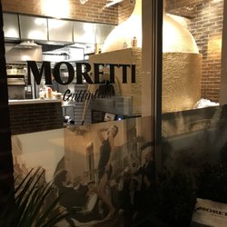 Pizzeria moretti 44 fotos y 21 rese as cocina italiana - Moretti cocinas ...