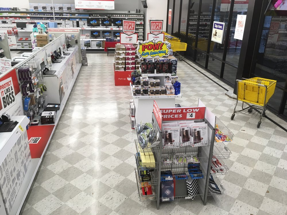 Officemax: 21950 Center Ridge Rd, Rocky River, OH