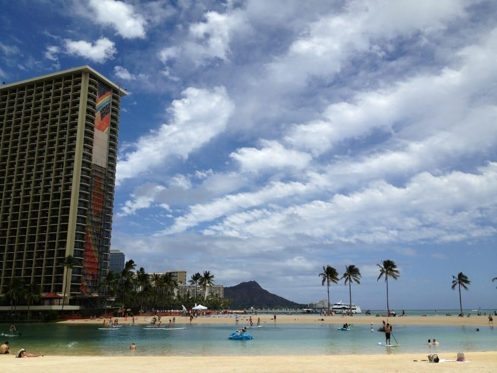 Hilton Hawaiian Village Waikiki Beach Photo Gallery: Beautiful Day In Hawaii Nei