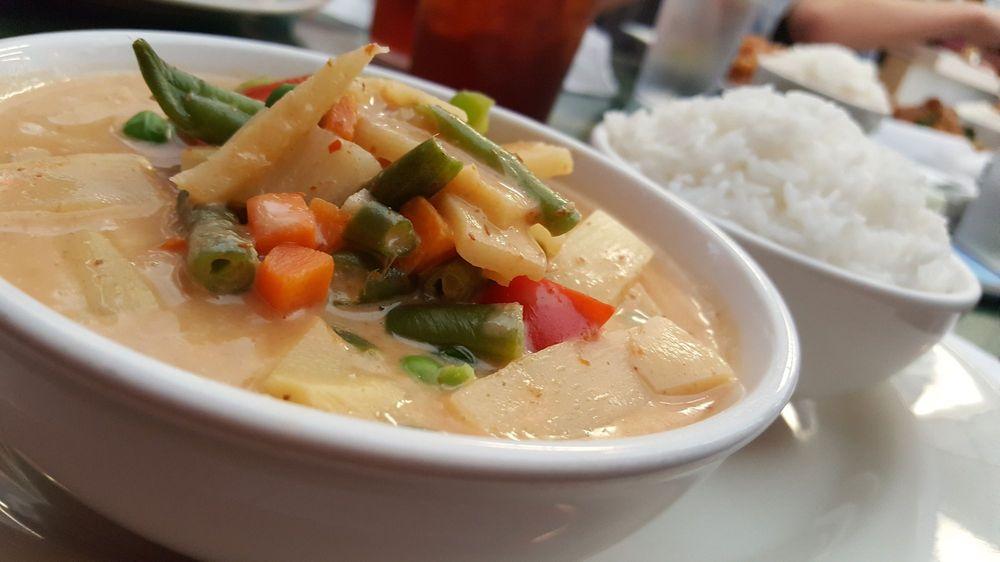 Thai Thai Cafe: 260 S Main St, Mooresville, NC