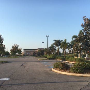 Restaurants At The Loop West In Kissimmee