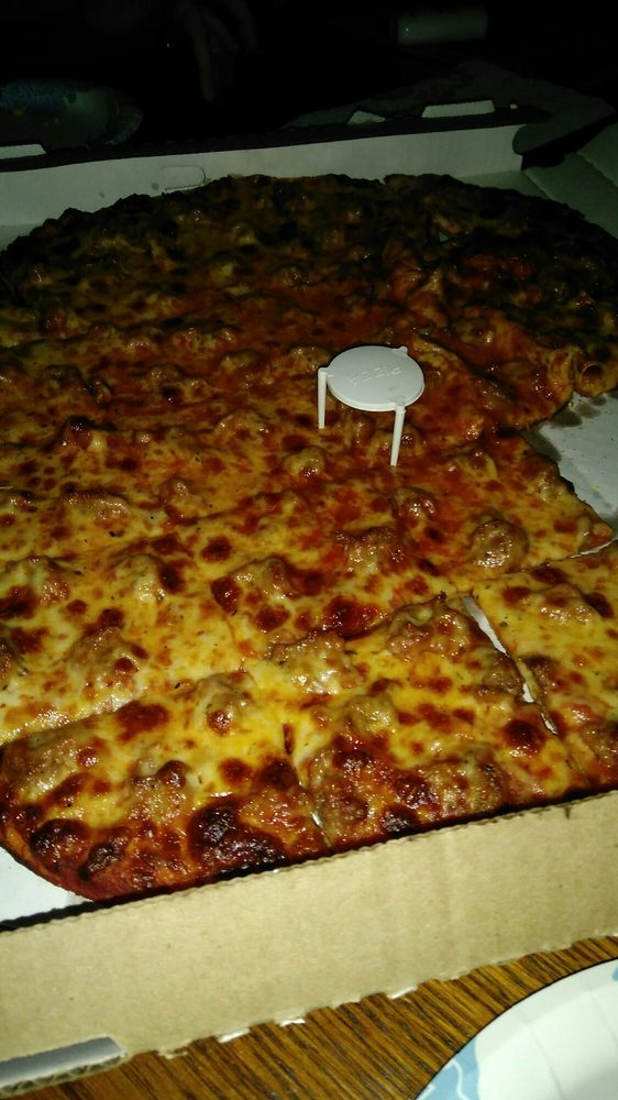 Pudgy's Pizza & Sandwiches: 13460 S Baltimore Ave, Chicago, IL