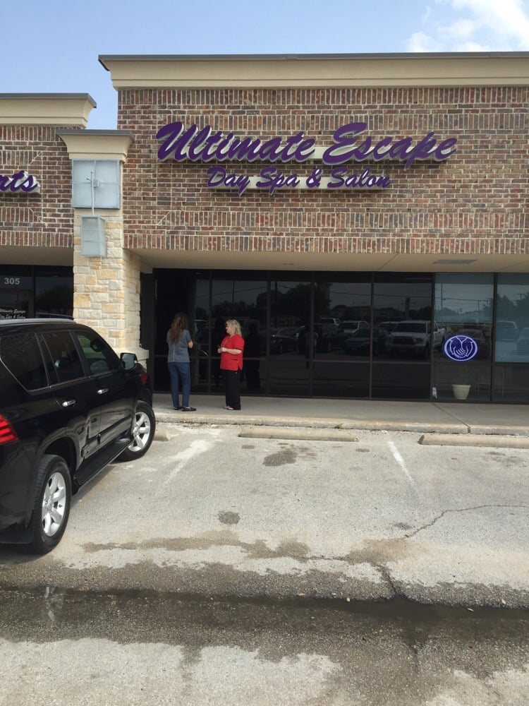 Ultimate Escape Day Spa & Wellness Salon: 8810 Woodway Dr, Woodway, TX