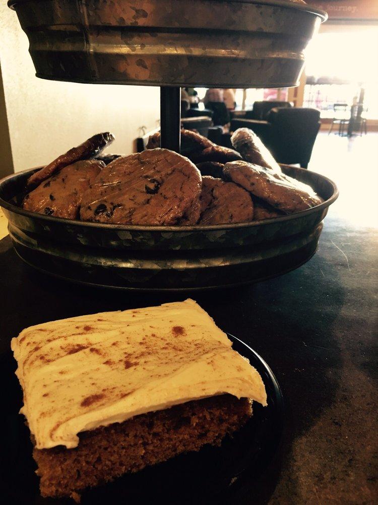 Phileo's Coffee & Eatery: 212 10th St, Worthington, MN