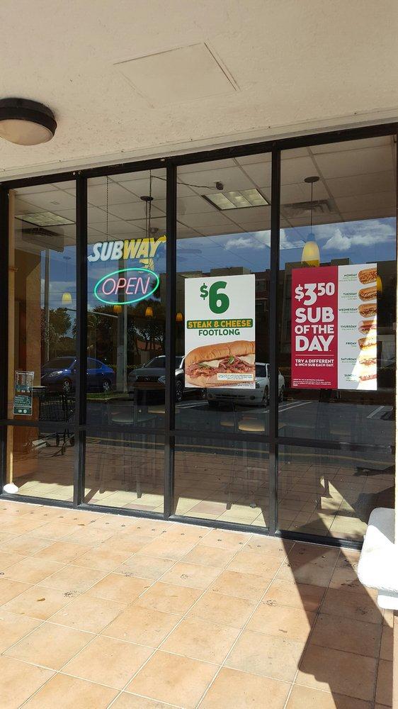Subway: 9457 W Flagler St, Miami, FL