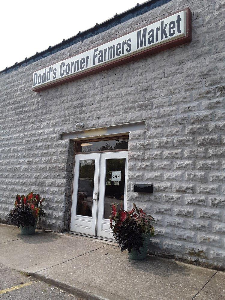 Dodd's Corner Farmers Market: 309 N 3rd St, Nicholasville, KY