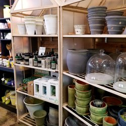 Photo Of Wilson Nurseries Frankfort Ky United States Pots