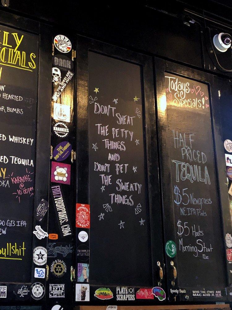 Bull's Tavern: 408 W 4th St, Winston-Salem, NC