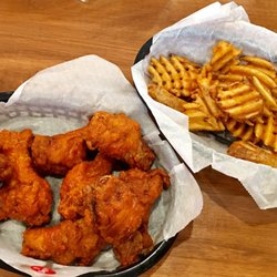 2 Woodys Wing House
