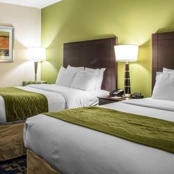 Comfort Inn Ankeny Des Moines 16 Photos Hotels 2602 Se