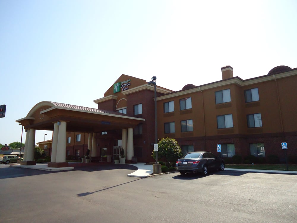 Holiday Inn Express & Suites Anniston/Oxford: 160 Colonial Dr, Oxford, AL