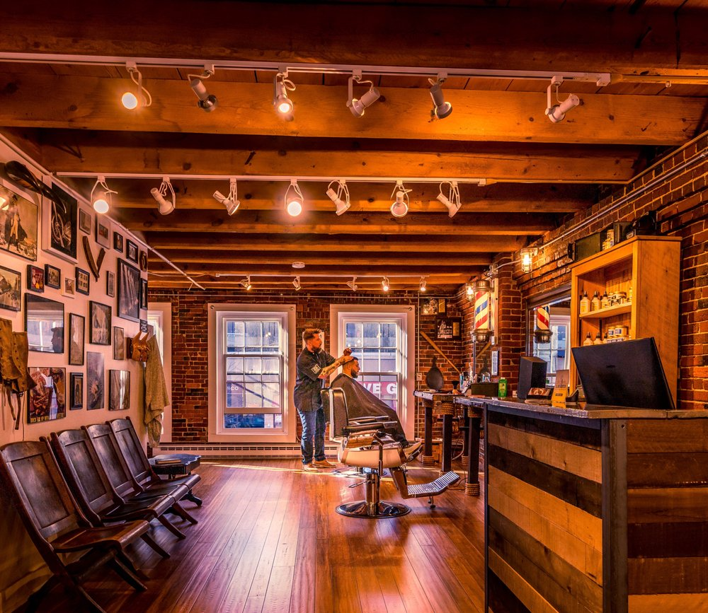 Americana Shave Company: 190 US Rte 1, Falmouth, ME