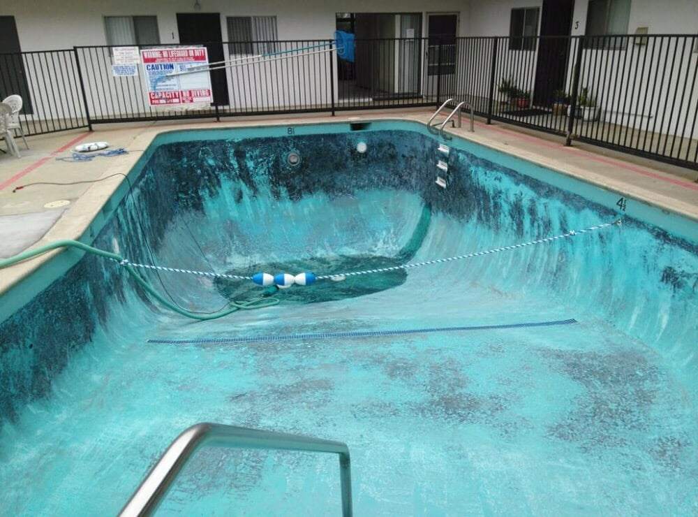 Blue water pool services and repair richiedi preventivo for Blue water parts piscine