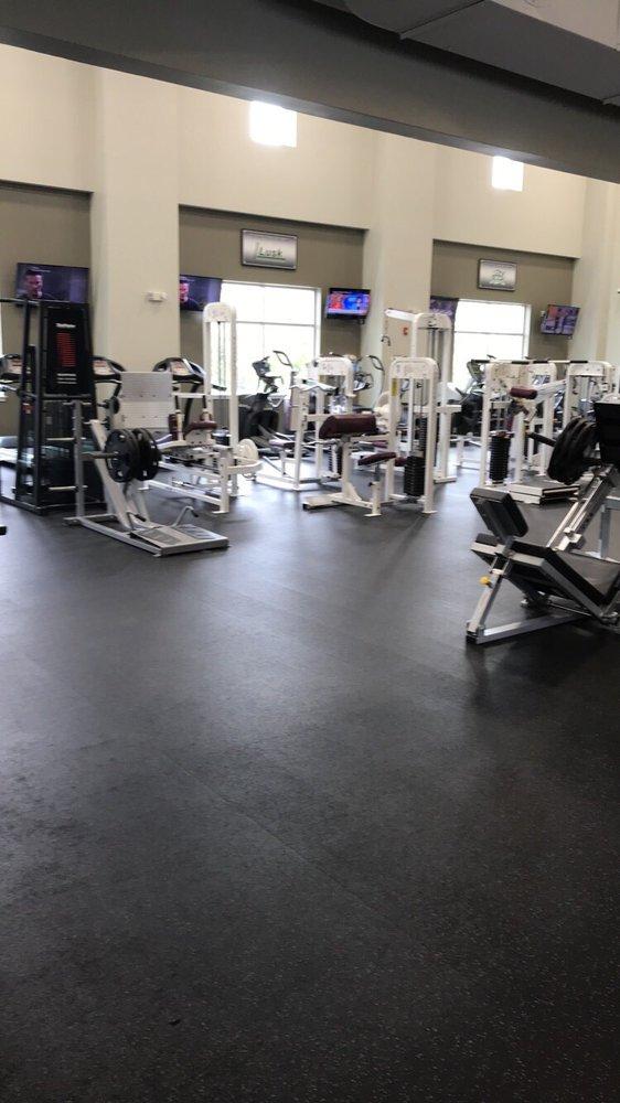 Meade Activity Center: 493 Lawrence St, Brandenburg, KY